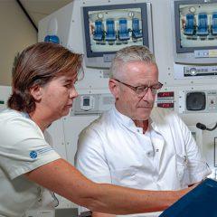 Eddy en Belinda, zuurstoftank bedieningspaneel, Delta Medicine